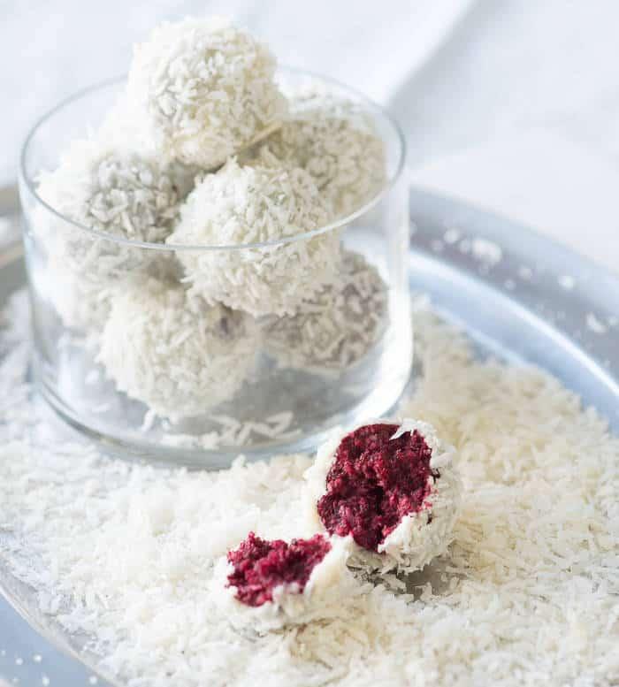 No-Bake Vegan Red Velvet Snowball Cookies