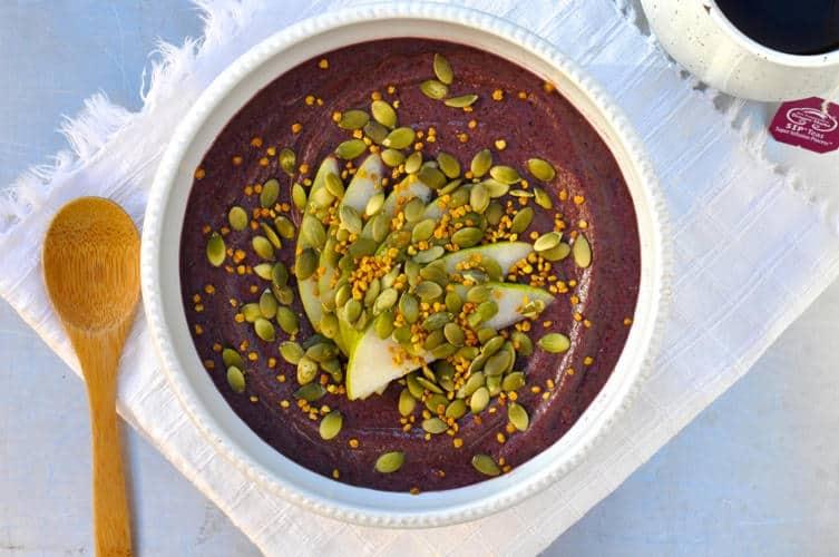Blueberry-Turmeric Breakfast Bowl