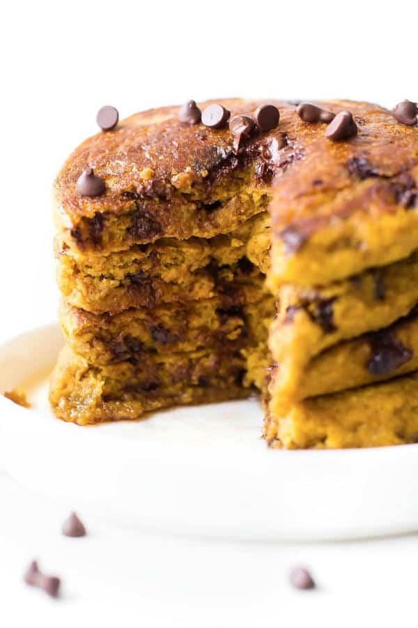 Fluffy Flourless Pumpkin Pancakes