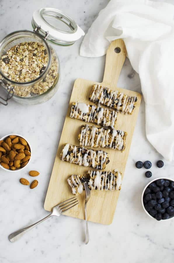 Soft and Chewy Blueberry Almond Granola Bars with a Vegan Yoghurt Coating (Gluten-Free)