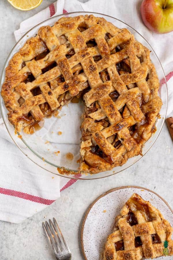 Apple Pie With Coconut Oil Crust