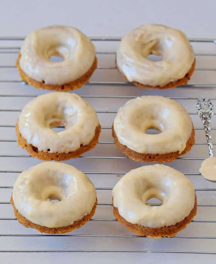 Carrot Cake Donuts with Gingerbread Flavor
