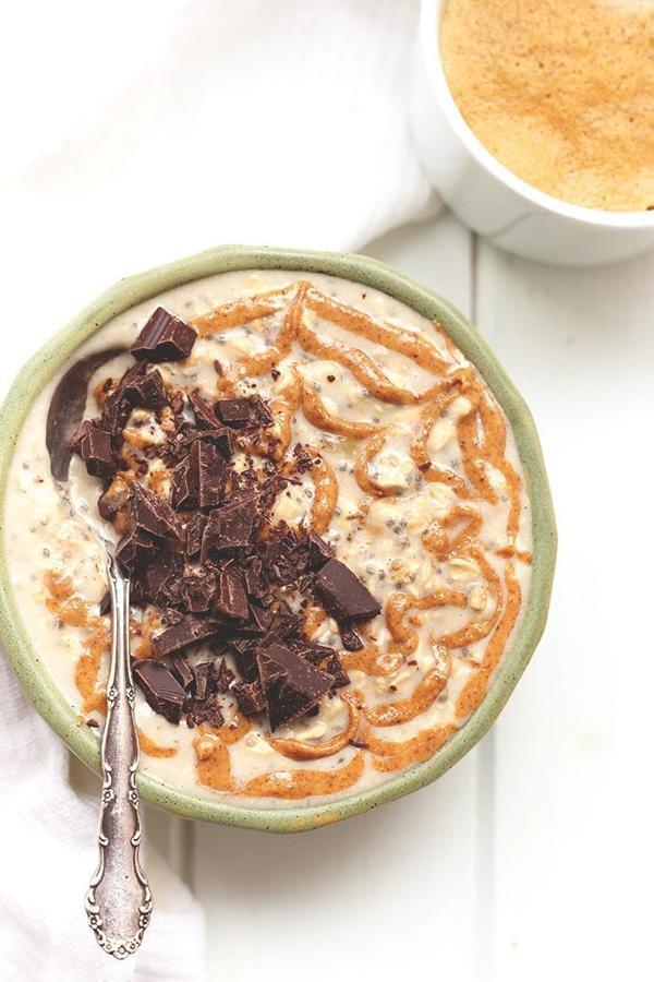 Chocolate Almond Butter Overnight Oats