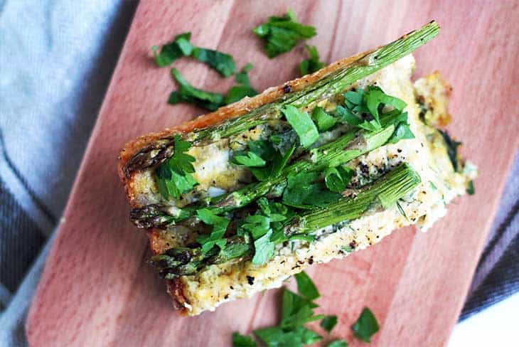 Easy 'Mix and Bake' Crustless Asparagus Quiche