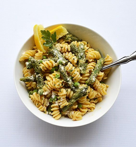 Lemon Cream Pasta with Asparagus and Peas