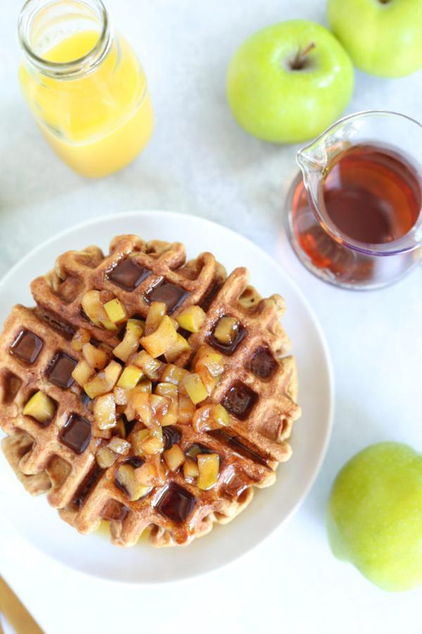 Vanilla Protein Applesauce Waffles